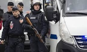 Франция, Париж, арест, продлен, полиция, теракты