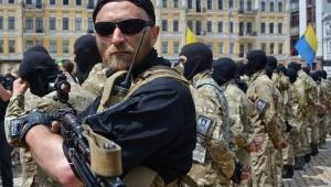Азов, вооруженные люди, полк, наступательная операция