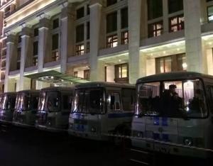 москва, манежная площадь, навальный, омон, задержание