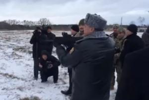 порошенко, автомат, стрельба, украинская армия, мишени