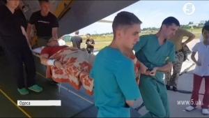 одесский военный госпиталь, всу, армия украины, ато, донбасс, терроризм, боевые действия, раненые, украинские военные, кадры, фото, видео, новости украины, борт с ранеными