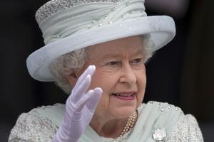 Великобритания, королева, политика, общество