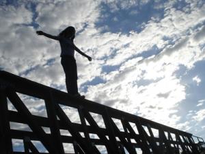 Полиция Мариуполя,происшествия,девушку спасли от самоубийства