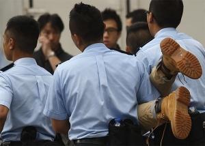 ИноСМИ, полиция Гонконга,