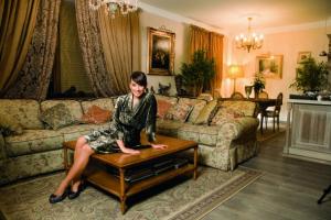 Жанна Фриске, квартира звезды, Наталья Фриске, показала жанночкин рай