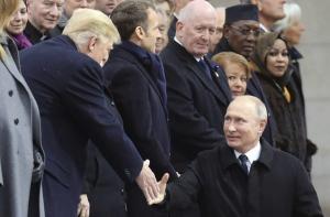 россия, сша, трамп, путин, рукопожатие, парий, война, скандал