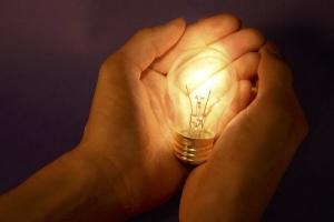 экономика, свет, электроэнергия, тарифы на электричество, Арсений Яценюк, общество, Украина