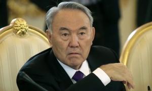 назарбаев, меркель, политика, казахстан, германия, донбасс, восток украины, зайберт