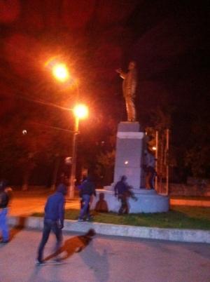 новости Харькова, происшествия, криминал, памятник Ленину, новости Украины, юго-восток Украины