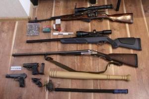 МВД в Донецкой области, Аброськин, изъятие оружия, незаконное хранение, АТО, восток Украины
