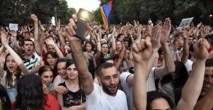 протесты, митинги, ереван, протестующие, реакция, армения, пашинян, саргсян
