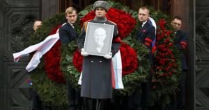 юрий лужков, мэр москвы, похороны, закрытый гроб, новодевичье кладбище, москва сегодня, новости россии, елена батурина