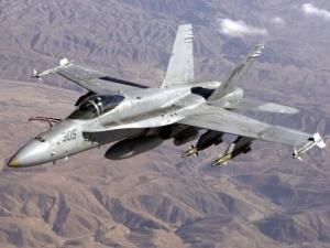 игил, канада, военные, авиаудары, артилерийский расчет