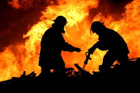 Пожар, розетка, спасатели, склад, товары