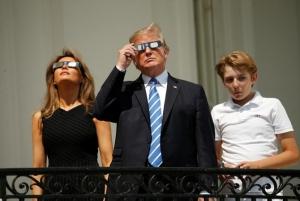 США, Дональд Трамп, Белый дом, Солнечное затмение