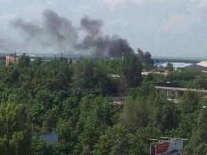 Новости Украины, Донецк, куйбышевский район Донецка, пожар в Донецке, восток украины, пожар на востоке украины, снаряд попал в пятиэтажку