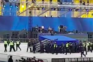 украина, дебаты, порошенко, зеленский, олимпийский, сцена, скандал