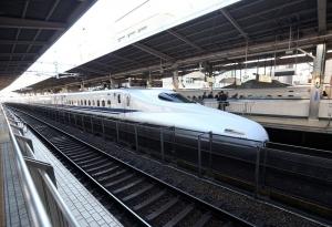 японию, общество, происшествия, пожар. поезд, суицид