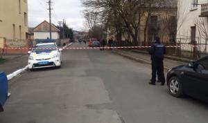 мукачево, перестрелка у школы, раненый мужчина, мужчина скончался, происшествия, видео, украина