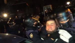 ап, силовики, стычки, толпа, саакашвили, банковая, потасовка, полиция, пикет, видео