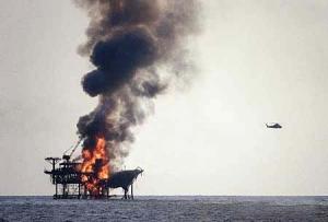 мексикансий залив, взрыв, нефтяная платформа