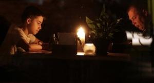 Симферополь, энергоблокада, бунт, перекрытие трассы, люди требуют свет
