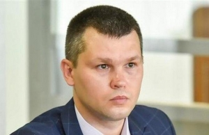 Виктор Янукович, суд над Януковичем, адвокат Мешечек, Оболонский суд Киева