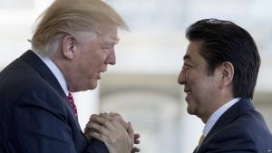 трамп, абэ, япония, сша, кндр, переговоры, санкции, ядерное оружие