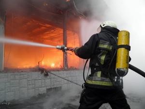 волноваха, рынок, пожар, павильоны, торговые точки, происшествия, украина