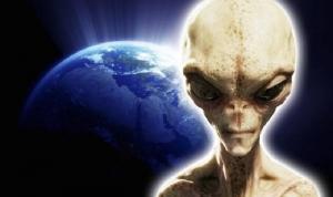 NASA, 2033, женщина, сказаны, неизвестной, опубликовали, тысячи, андроидами, фонарями