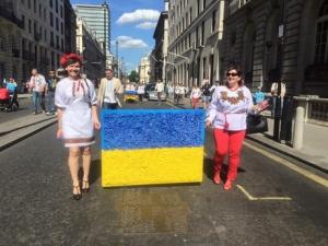 Улицы Лондона, украинцы в Лондоне, украинцы в Британии, марш вышиванок