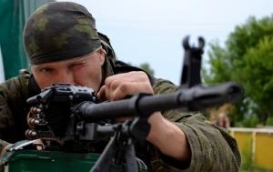 Пантелеймоновка, Донецкая область, ДНР, зенитная установка, крыша, женщины