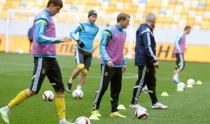 сборная латвии по футболу, сборная украины по футболу, украина, латвия, футбол, львов, прямая видео-трансляция