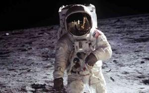 США, NASA, космос, видео, кадры, астронавты, падания, Луна, гравитация, причины, миссия, Apollo