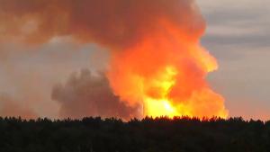 Россия, взрыв, склад, армия, боеприпасы, красноярск, пожар, видео