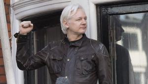 Джулиана Ассанжа основателя WikiLeaks, лишили связи, опубликовал материалы,