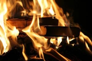 новости Крыма, сожгли учебники, турецкий лицей, уволили учителей, Осман Пашаев