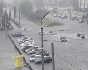 северодонецк, луганская область,  погода, ливень, дождь, ураган, природная катастрофа, фото, видео, новости украины, донбасс