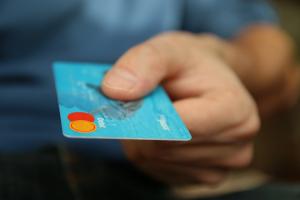 Банковские карты, Блокировка, Счет, Задолженность, Юристы.