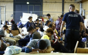 новости, шпионаж, осведомители, беженцы, вербовка, агенты, общество, германия, спецслужбы, правительство мигранты