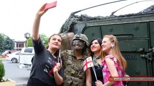 Noble Partner 2017, Грузия, политика, общество, учения, США, армия США, бронетехника на улицах Грузии, радость людей, детей, кадры