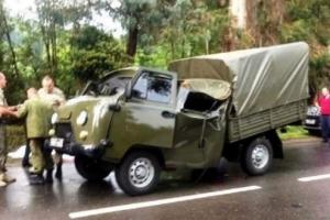 дерево, смерти, военные, соцсети, грузовик, армия россии, абхазия, оккупация