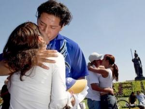 Индия, ГОА, Сальвадор-де-Мундо, местные власти, туристам запретили целоваться