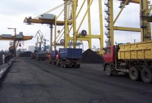 уголь из ЮАР, ДТЭК, Ринат Ахметов, разгрузка угля в порту ,Южный