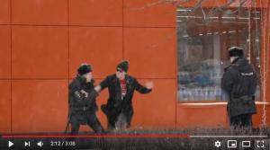 Россия, полицейские, драка, москва, скандал, видео