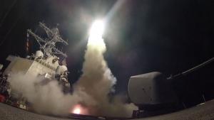 Сирия, война, Башар Асад, химическая атака, Идлиб, Томагавк, США, Америка, бомбардировка, разрушение, возмездие, смерть, авиабаза, самолеты