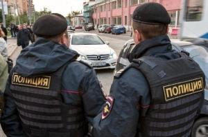 полиция, РФ, полицейские, останавливают, людей, телефонах, информация, правоохранители, СМИ, МВС