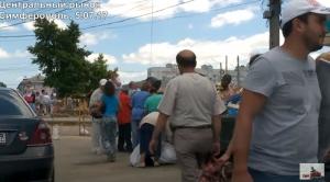 Украина, Крым, аннексия, Россия, политика, общество, Симферополь, жители копаются в мусорных баках, кадры, видео