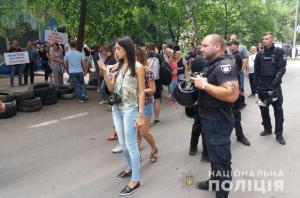 выборы в Раду, конфликт, инцидент, скорая, избирательный участок №50, Покровск, Донецкая область