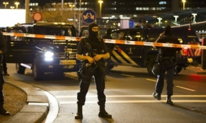 амстердам, аэропорт, взрывчатка, происшествия